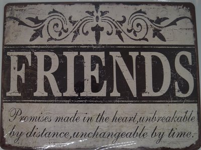 FRIENDS 33x25