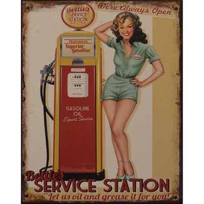 Bettie's Service Station 33x25