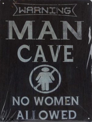 Warning man cave 33x25